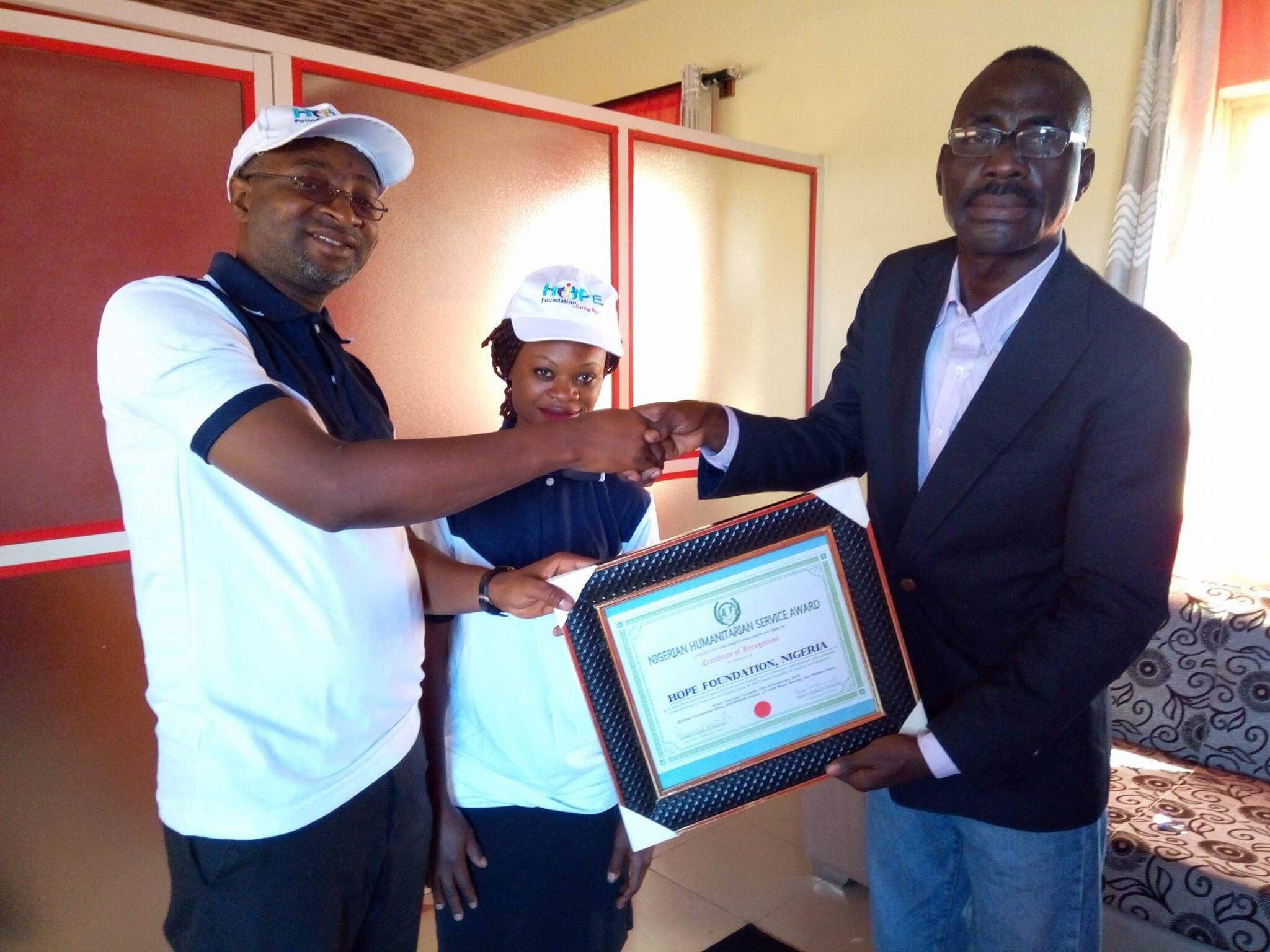 HFG Receives Humanitarian Service Award From Gold Image Communication (Photos)